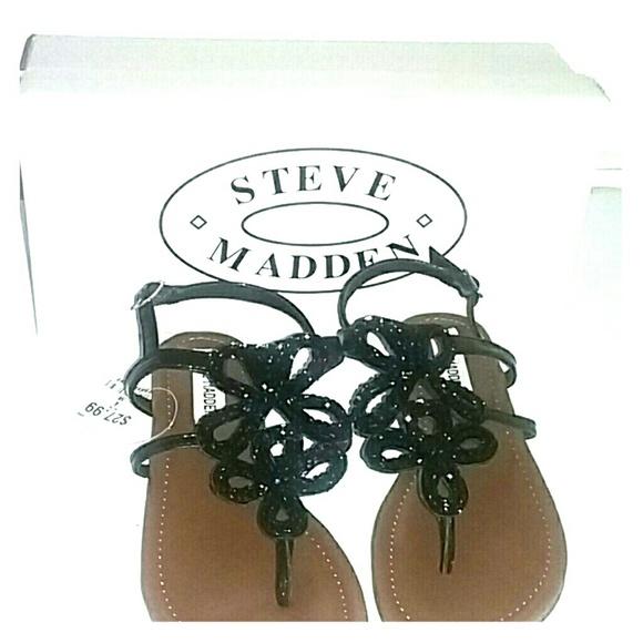 Steve Madden Other - New black STEVE MADDEN sandals